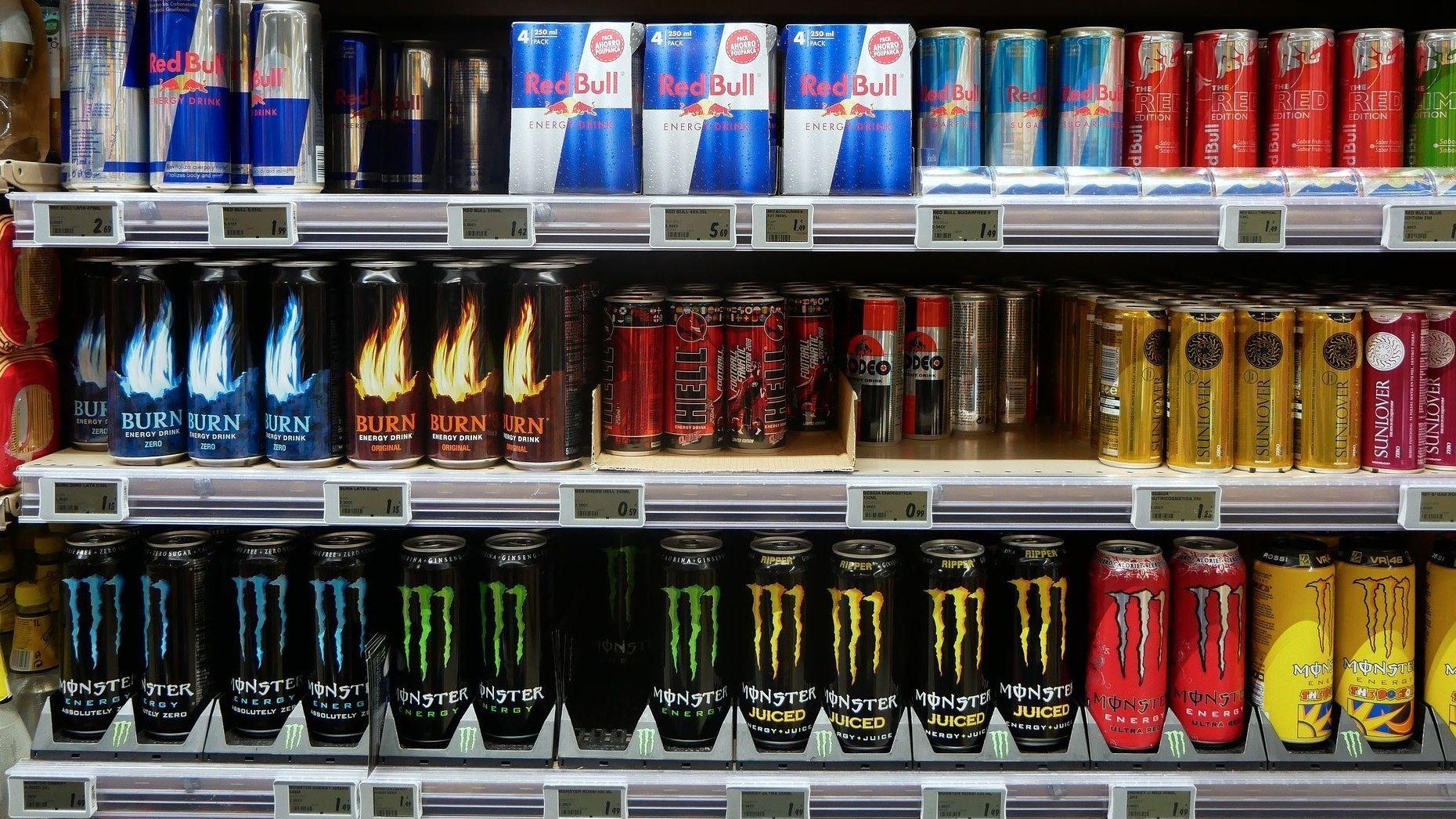 Gesundheitsschädlicher Wachmacher? So schädlich ist die Wirkung von Energy-Drinks auf den Körper