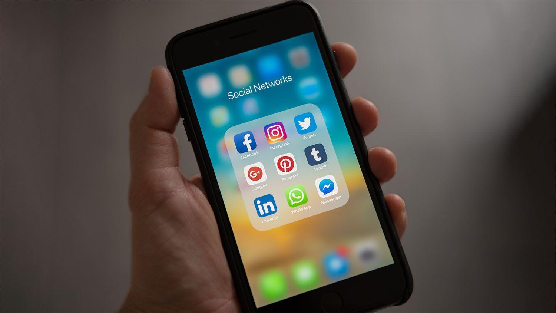 Liken, Tweeten, Snappen: Die Geschichte von Social Media