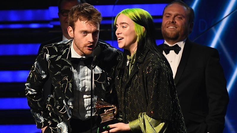 Billie Eilish (18) räumt bei den Grammys 2020 ab